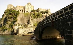 Un ponte per un castello