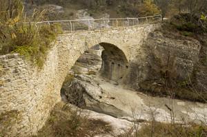 Ponte Romanico Montetiffi