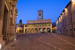 Offida – Piazza del Popolo -