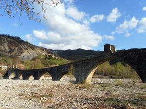 """Il Ponte """"Gobbo"""" di Bobbio"""