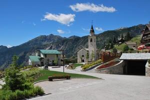 Piazza di montagna