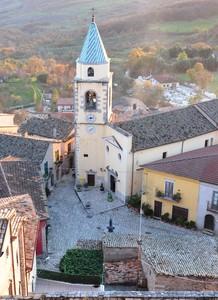 Piazza del Carmine e l'omonima chiesa viste dall'alto