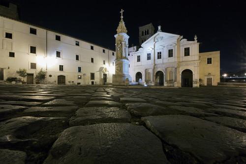 Piazza San Bartolomeo all'Isola