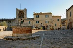 La Piazza di Monteriggioni