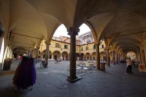 Piazza delle Vettovaglie