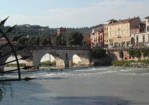 Il Ponte Pietra