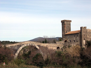 Il ponte del castello di Vulci