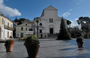 Piazza Duomo a Ravello