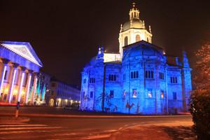 Piazza del teatro e Cattedrale