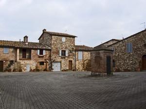 Nel castello una piazzetta