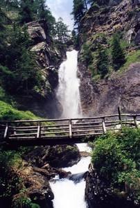 salendo alla cascata di Saènt