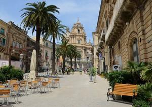 Ibla – Piazza Duomo