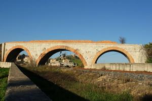 La ferrovia sul ponte mai nata