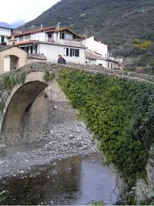 il ponte romanico sul torrente Argentina