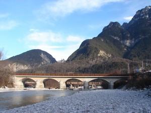 ponte sul torrente resia