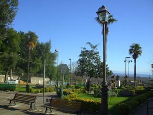 la panoramica piazza di Manziana