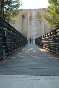 Ponte d'accesso al Castello