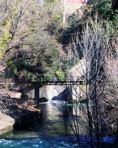 Ponte presso la vecchia cartiera