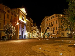 Piazza Matteotti by night