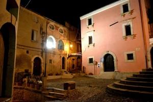 Notturno di Piazza Annunziata  – Venafro