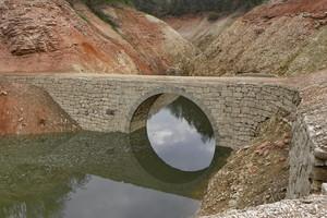 Un ponte senza meta
