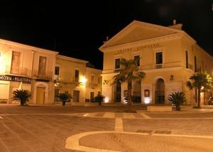 Notturno in Piazza cesare Battisti.
