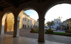 Loggia sulla piazza