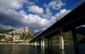 Un ponte verso……