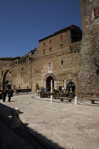 Piazza Petruccioli