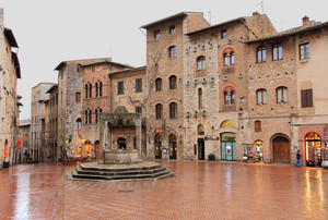 piazzetta di San Gimignano