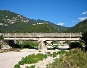 Ponte sul rio Cavallo