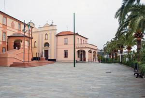 Piazza Gilberto Govi