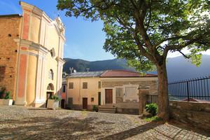 Carpasio, Piazza della Chiesa