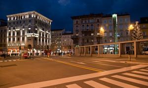 Notturno su Piazza Goldoni