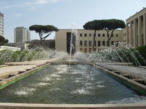 roma piazza delle fontane eur