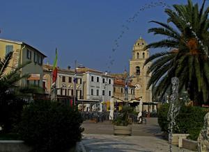 In piazzetta a Sirolo