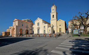 Piazza Vescovado, Massa Lubrense