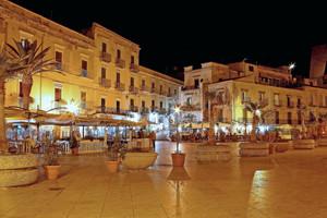 Piazza Sant'Onofrio , la notte estiva