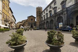 Dominata dalla chiesa di Sant'Andrea
