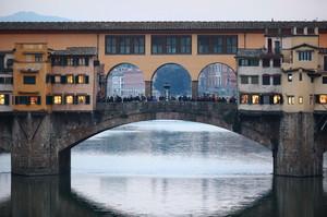 Ponte Vecchio al crepuscolo