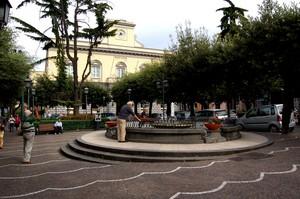 S. Giorgio a Cremano: piazza Vittorio Emanuele II