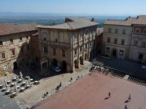 Piazza Grande dal Palazzo Comunale
