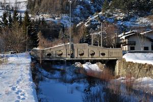 Il ponte abbandonato