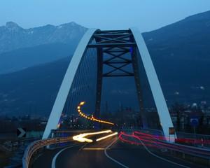 Luci serali sul ponte
