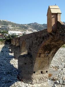 Il ponte romano sul torrente Argentina