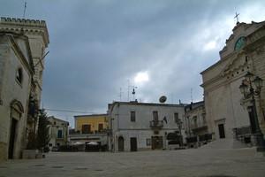 Cielo Plumbeo su Piazza Moro