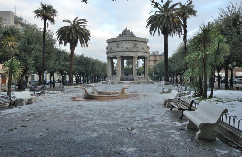 Acquaviva delle fonti piazza vittorio emanuele ii for Monolocale arredato acquaviva delle fonti