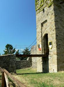 Ponte levatoio del Castello di Romena