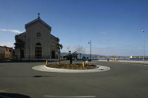Piazza chiesa di Cannitello