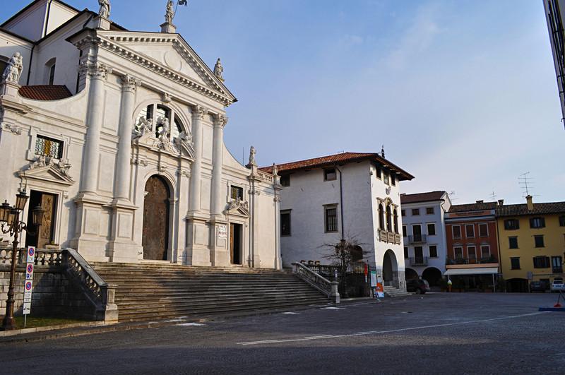 San daniele del friuli piazza vittorio emanuele s for Piazza del friuli